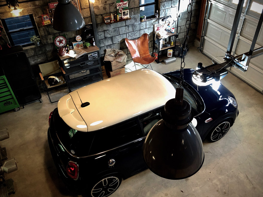GARAGE LIFE FOR YOUR OWN