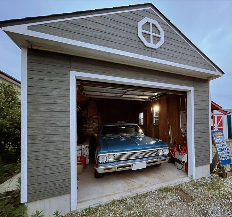 スペリオール▶︎中型ガレージとしての広さは充分。このサイズなら夢が叶う。